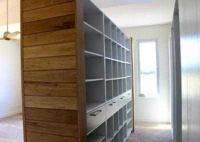 bannock shelves