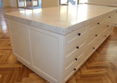 shaker drawers end panels